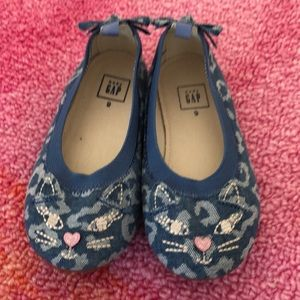 Brand new Chambray kitty ballet flat toddler 9 gap